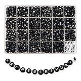TOAOB 1440 Stück 4x7mm Schwarz Buchstabenperlen Weiß Wort A bis Z und Symbol # Rund Acryl Spacer Perlen für Schmuckherstellung